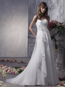 A-line Sweetheart Sleeveless Chiffon Wedding Dress